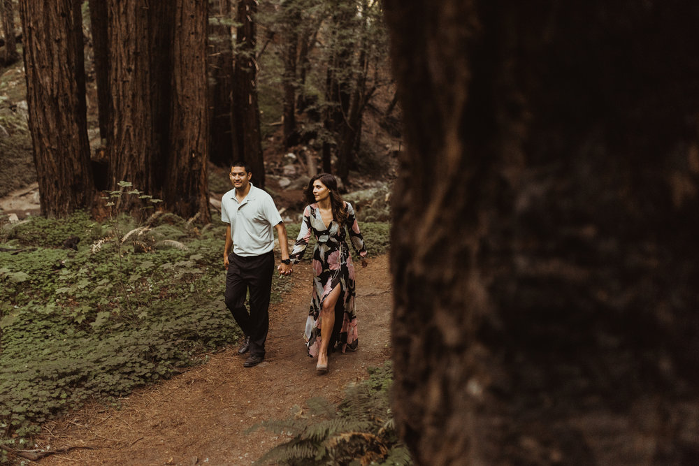 ©Isaiah + Taylor Photography - Big Sur Wedding Engagement Photographer-21.jpg