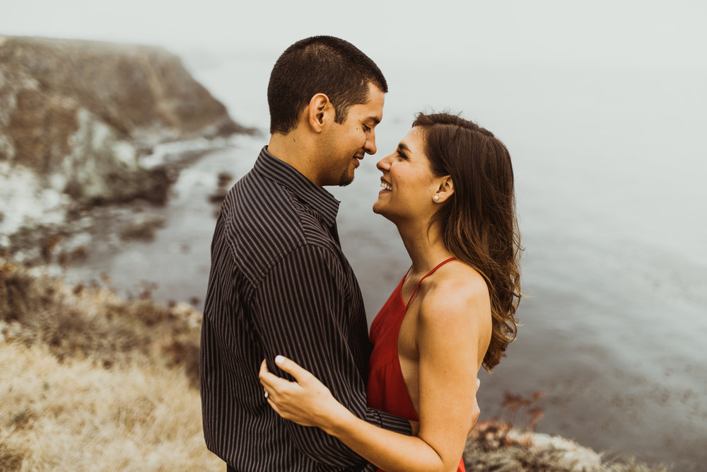 ©Isaiah + Taylor Photography - Big Sur Wedding Engagement Photographer-41.jpg