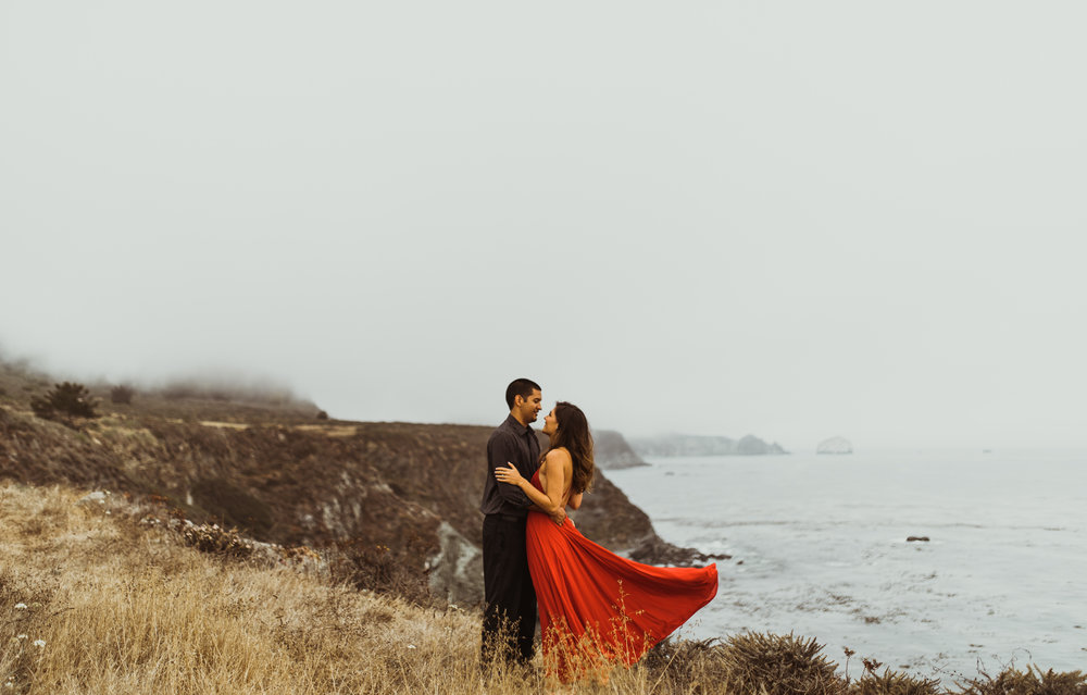 ©Isaiah + Taylor Photography - Big Sur Wedding Engagement Photographer-42.jpg