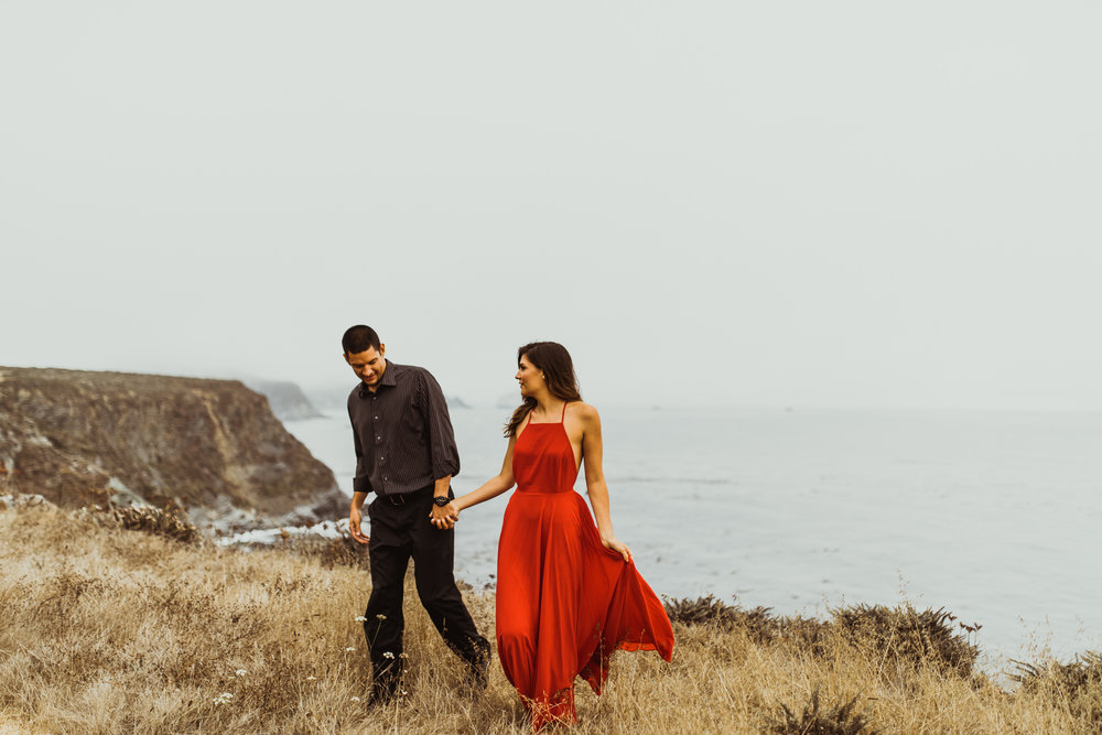 ©Isaiah + Taylor Photography - Big Sur Wedding Engagement Photographer-43.jpg