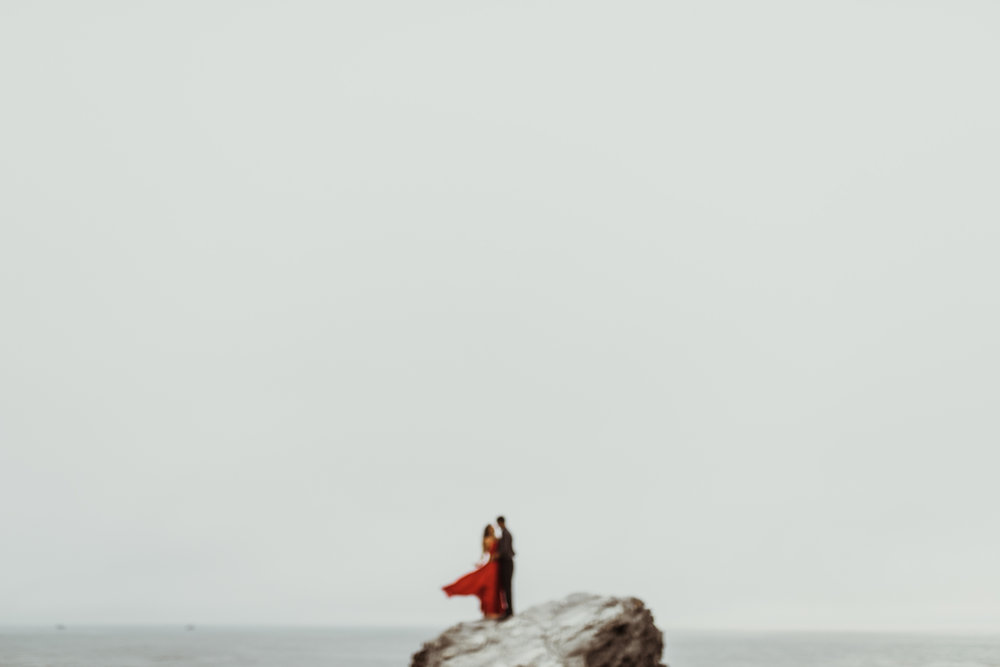 ©Isaiah + Taylor Photography - Big Sur Wedding Engagement Photographer-54.jpg