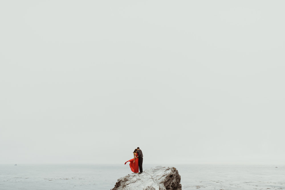 ©Isaiah + Taylor Photography - Big Sur Wedding Engagement Photographer-55.jpg