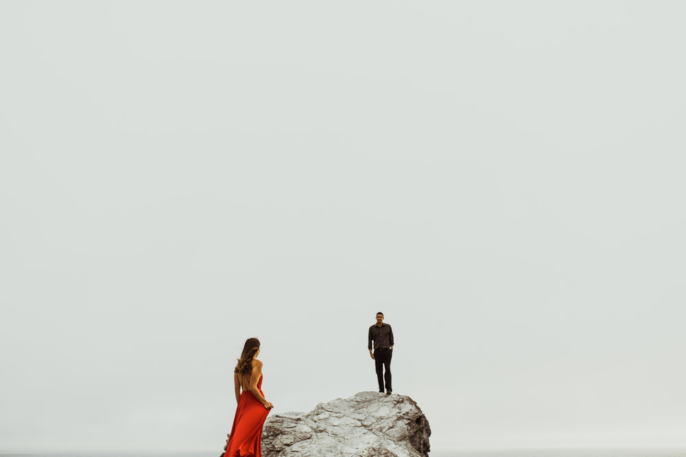 ©Isaiah + Taylor Photography - Big Sur Wedding Engagement Photographer-61.jpg
