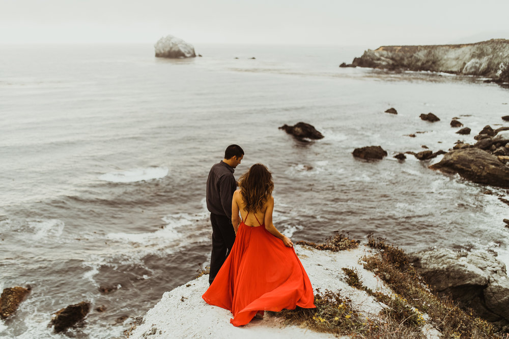©Isaiah + Taylor Photography - Big Sur Wedding Engagement Photographer-66.jpg