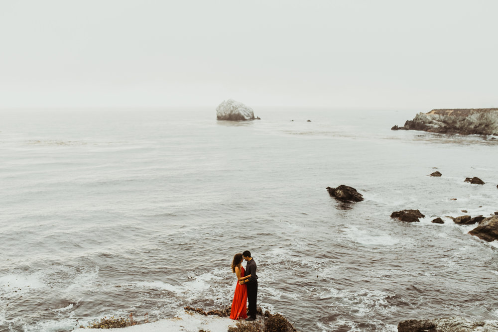 ©Isaiah + Taylor Photography - Big Sur Wedding Engagement Photographer-68.jpg