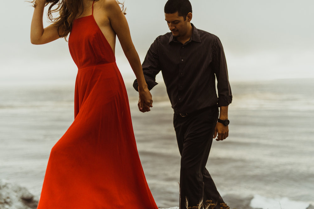 ©Isaiah + Taylor Photography - Big Sur Wedding Engagement Photographer-80.jpg