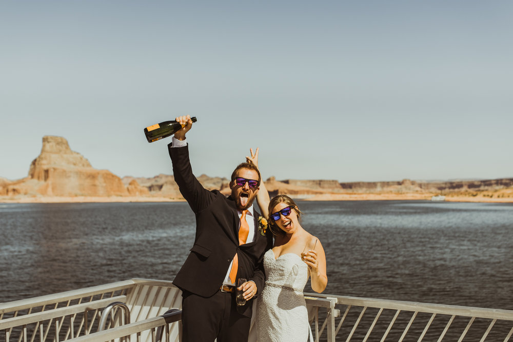 ©Isaiah + Taylor Photography - Lake Powell Elopement & Antelope Canyon & Horseshoe Bend, Page, Arizona-37.jpg