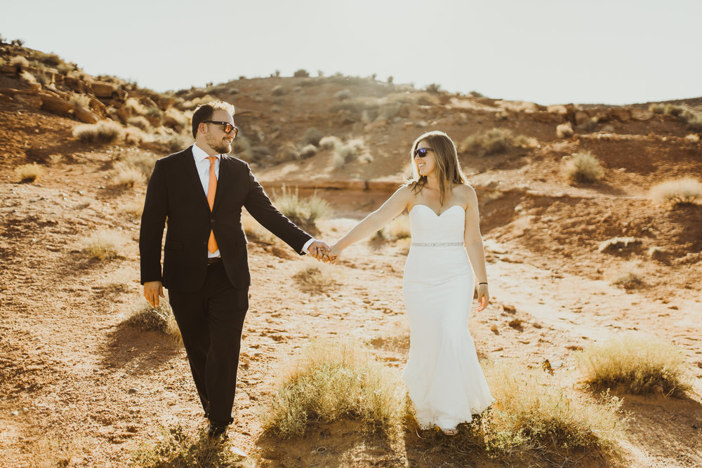 ©Isaiah + Taylor Photography - Lake Powell Elopement & Antelope Canyon & Horseshoe Bend, Page, Arizona-48.jpg