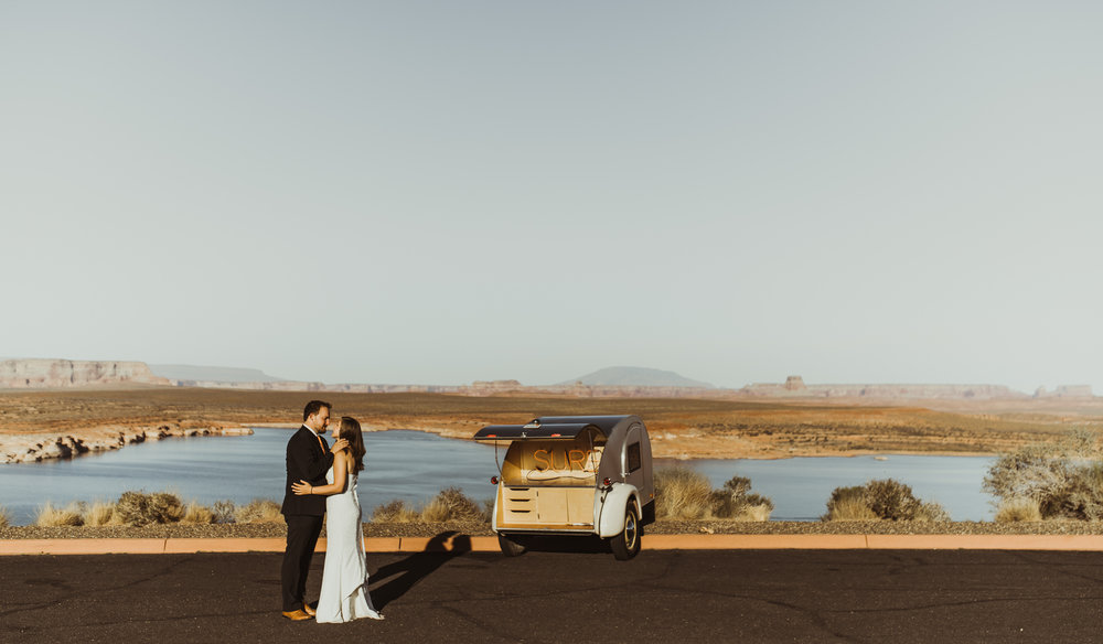 ©Isaiah + Taylor Photography - Lake Powell Elopement & Antelope Canyon & Horseshoe Bend, Page, Arizona-51.jpg