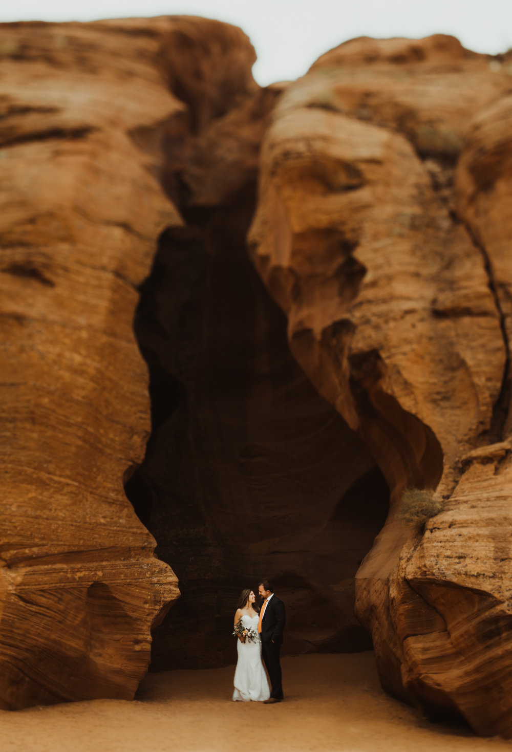 ©Isaiah + Taylor Photography - Lake Powell Elopement & Antelope Canyon & Horseshoe Bend, Page, Arizona-63.jpg