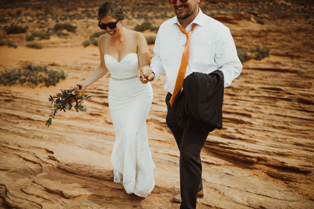 ©Isaiah + Taylor Photography - Lake Powell Elopement & Antelope Canyon & Horseshoe Bend, Page, Arizona-95.jpg