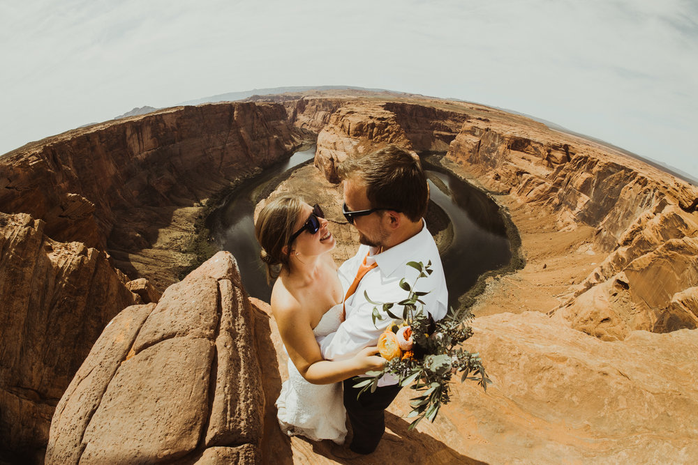 ©Isaiah + Taylor Photography - Lake Powell Elopement & Antelope Canyon & Horseshoe Bend, Page, Arizona-105.jpg