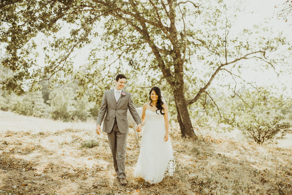 ©Isaiah + Taylor Photography - Sacred Mountain Ranch Wedding, Julian CA-121.jpg
