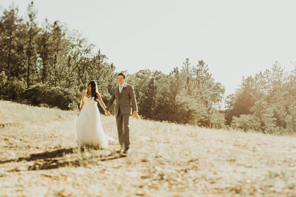 ©Isaiah + Taylor Photography - Sacred Mountain Ranch Wedding, Julian CA-124.jpg