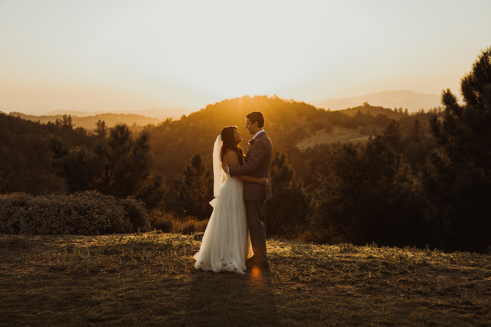 ©Isaiah + Taylor Photography - Sacred Mountain Ranch Wedding, Julian CA-164.jpg