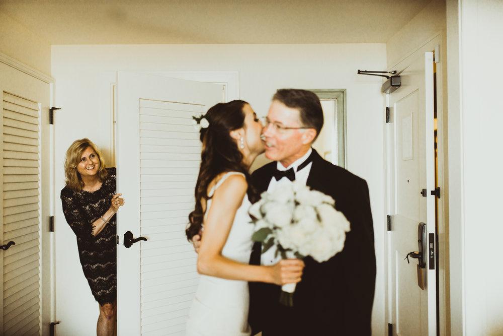 ©Isaiah + Taylor Photography - Terranea & Palos Verdes Beach Club Wedding, Los Angeles-26.jpg