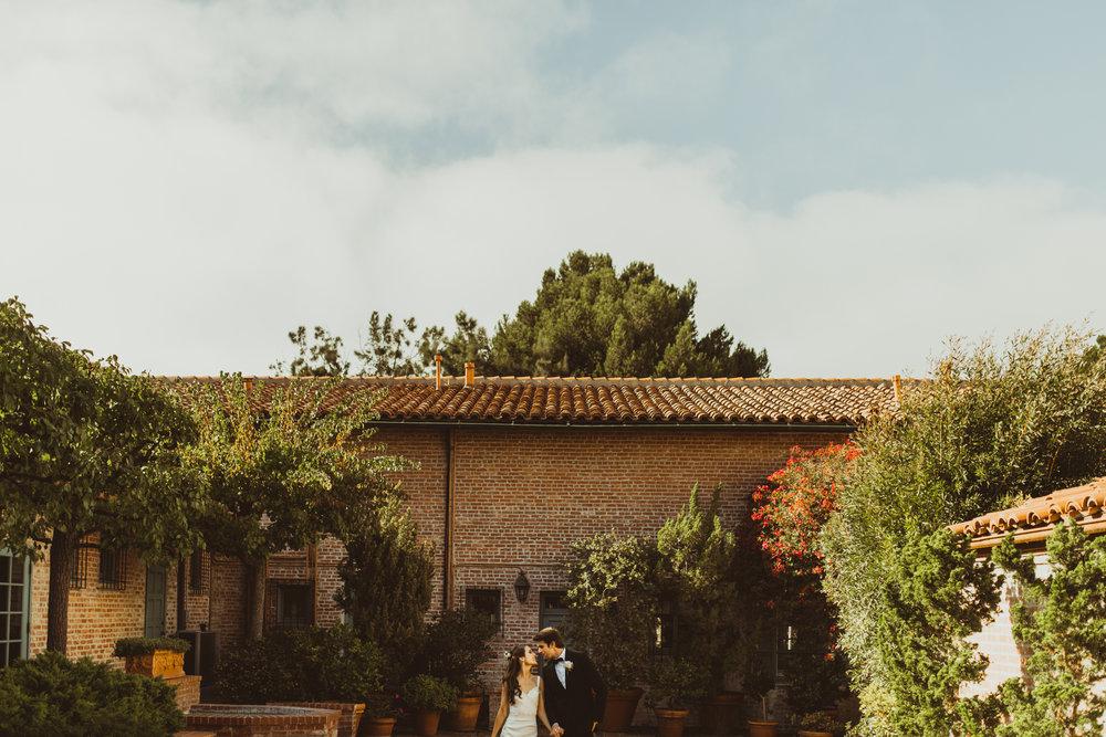 ©Isaiah + Taylor Photography - Terranea & Palos Verdes Beach Club Wedding, Los Angeles-83.jpg
