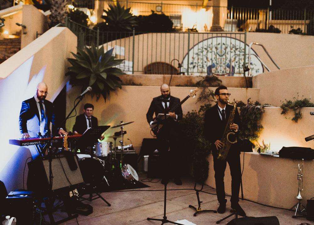 ©Isaiah + Taylor Photography - Terranea & Palos Verdes Beach Club Wedding, Los Angeles-156.jpg