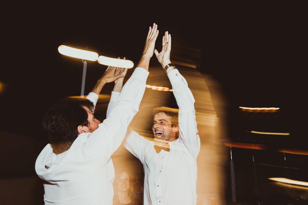 ©Isaiah + Taylor Photography - Terranea & Palos Verdes Beach Club Wedding, Los Angeles-190.jpg