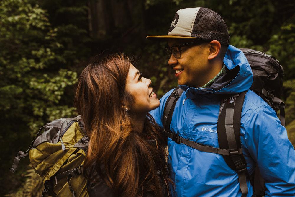©Isaiah-&-Taylor-Photography---Hidden-Lake-Cascade-Mountains-Engagement,-Washington-003.jpg