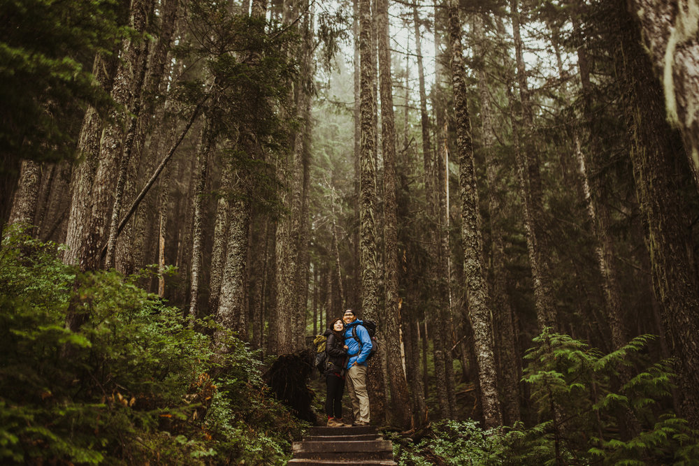 ©Isaiah-&-Taylor-Photography---Hidden-Lake-Cascade-Mountains-Engagement,-Washington-006.jpg