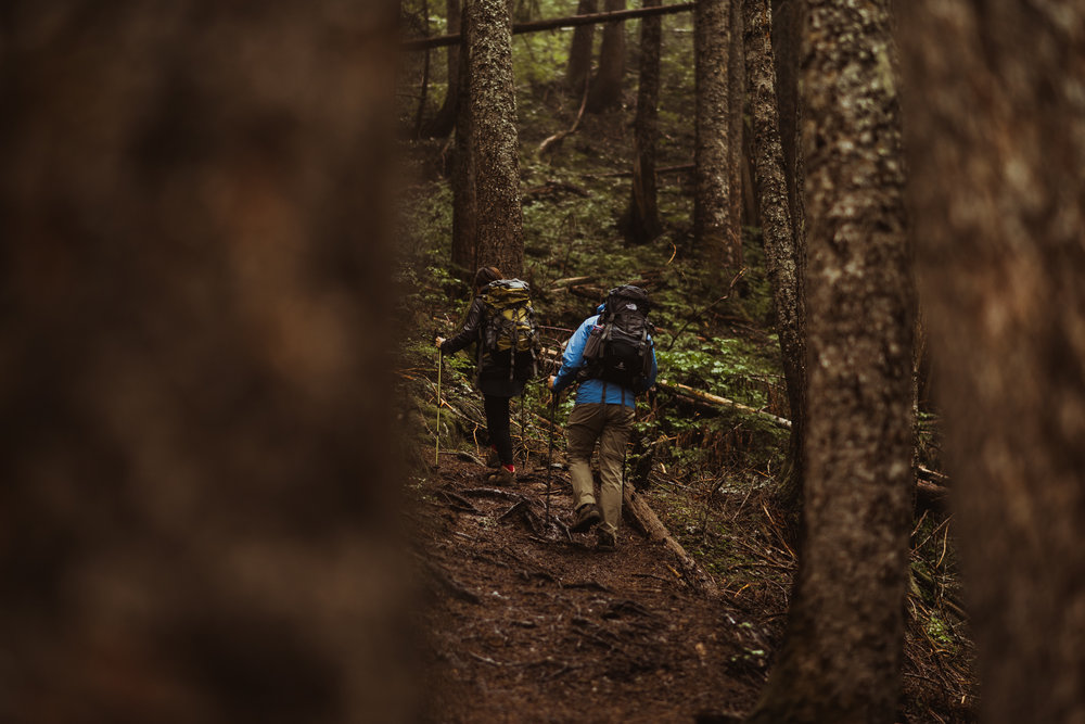 ©Isaiah-&-Taylor-Photography---Hidden-Lake-Cascade-Mountains-Engagement,-Washington-009.jpg