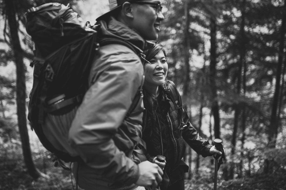 ©Isaiah-&-Taylor-Photography---Hidden-Lake-Cascade-Mountains-Engagement,-Washington-011.jpg