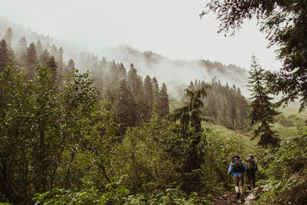 ©Isaiah-&-Taylor-Photography---Hidden-Lake-Cascade-Mountains-Engagement,-Washington-024.jpg