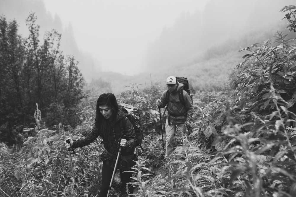 ©Isaiah-&-Taylor-Photography---Hidden-Lake-Cascade-Mountains-Engagement,-Washington-043.jpg