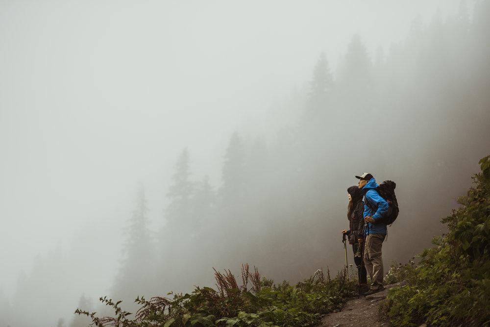 ©Isaiah-&-Taylor-Photography---Hidden-Lake-Cascade-Mountains-Engagement,-Washington-046.jpg