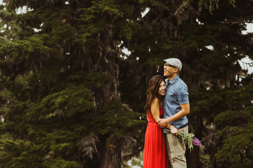 ©Isaiah-&-Taylor-Photography---Hidden-Lake-Cascade-Mountains-Engagement,-Washington-057.jpg
