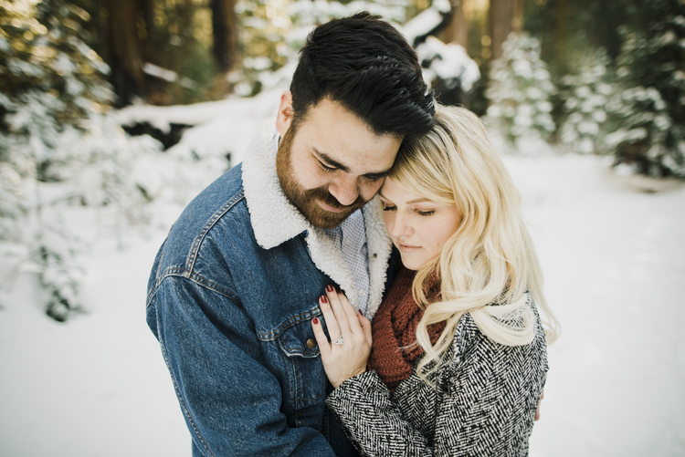 ©Isaiah-&-Taylor-Photography---George-&-Alyssa-Engagement---Sequoia-National-Park,-California-35.jpg