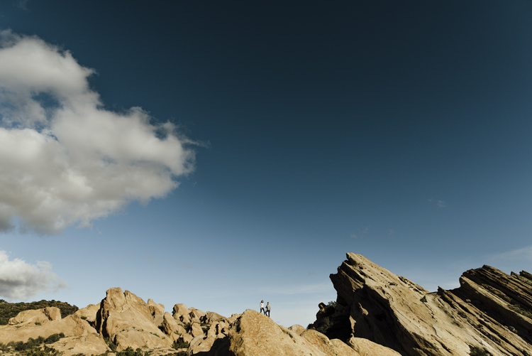 ©Isaiah-&-Taylor-Photography---Vasquez-Rocks-Engagement-010.jpg