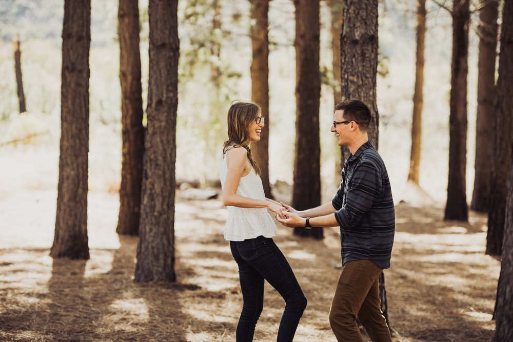 ©Isaiah + Taylor Photography - Los Angeles National Forest Engagement-0006.jpg