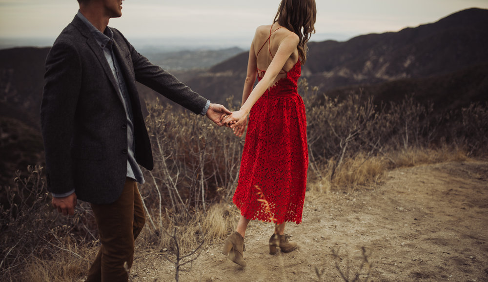 ©Isaiah + Taylor Photography - Los Angeles National Forest Engagement-0083.jpg