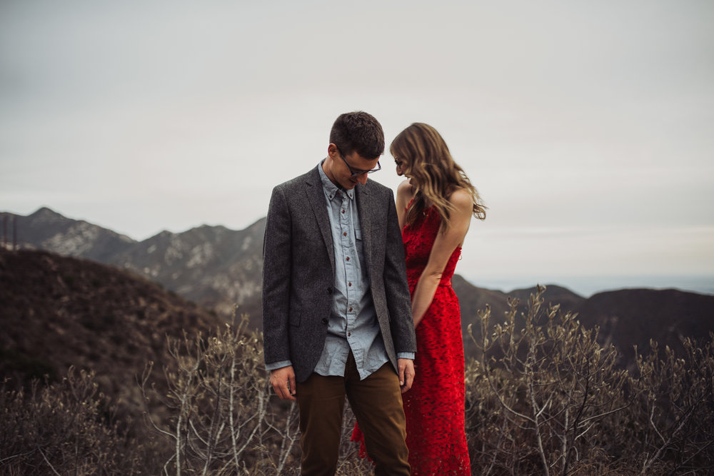 ©Isaiah + Taylor Photography - Los Angeles National Forest Engagement-0088.jpg