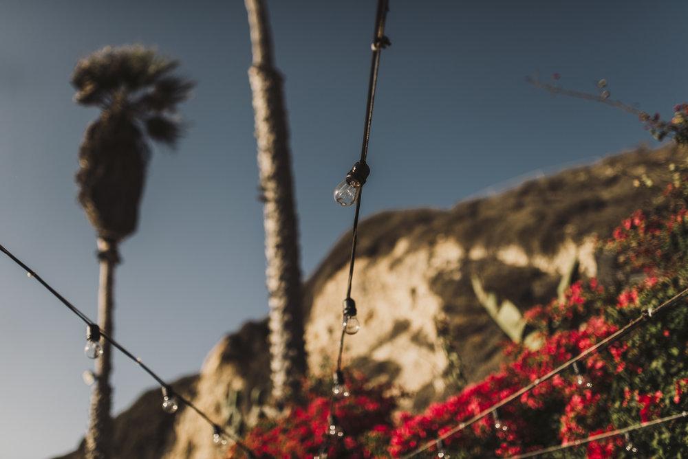 ©Isaiah + Taylor Photography - The Sunset Restaurant Wedding, Malibu Beach CA-0044.jpg