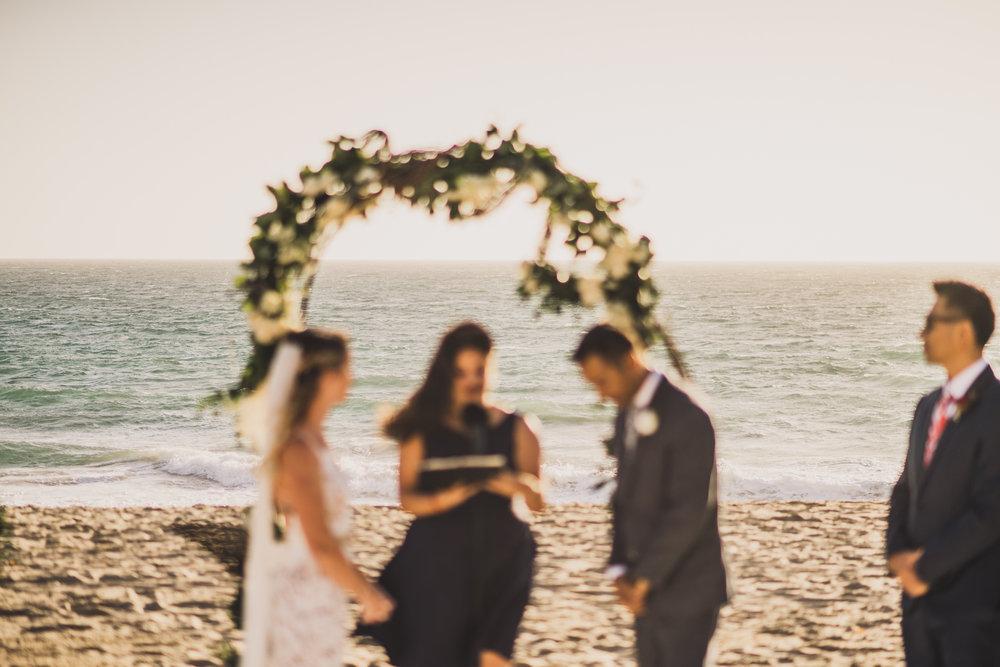 ©Isaiah + Taylor Photography - The Sunset Restaurant Wedding, Malibu Beach CA-0050.jpg