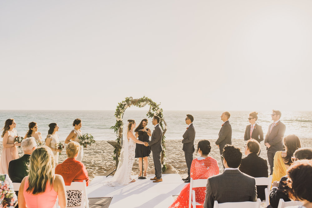 ©Isaiah + Taylor Photography - The Sunset Restaurant Wedding, Malibu Beach CA-0058.jpg