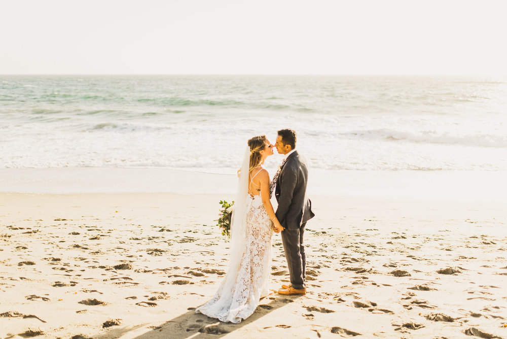©Isaiah + Taylor Photography - The Sunset Restaurant Wedding, Malibu Beach CA-0073.jpg