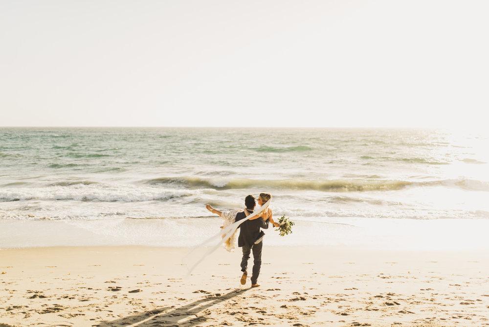 ©Isaiah + Taylor Photography - The Sunset Restaurant Wedding, Malibu Beach CA-0075.jpg