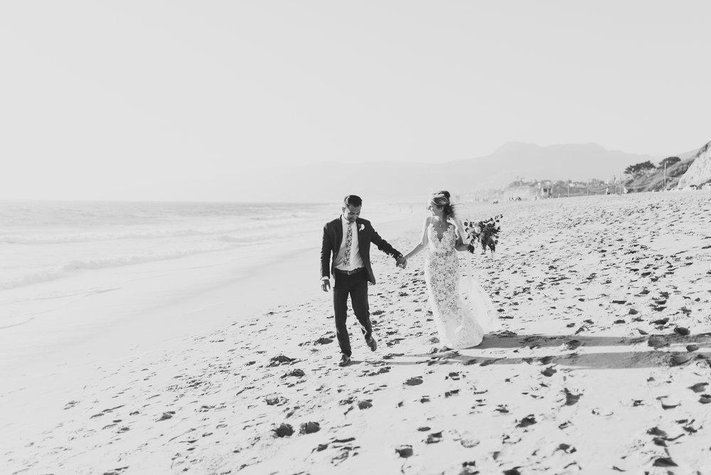 ©Isaiah + Taylor Photography - The Sunset Restaurant Wedding, Malibu Beach CA-0089.jpg