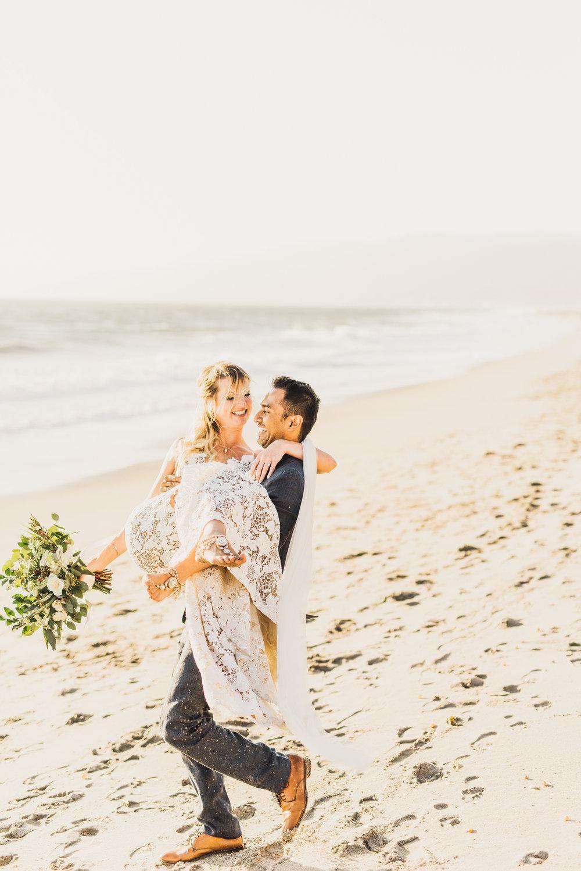 ©Isaiah + Taylor Photography - The Sunset Restaurant Wedding, Malibu Beach CA-0092.jpg