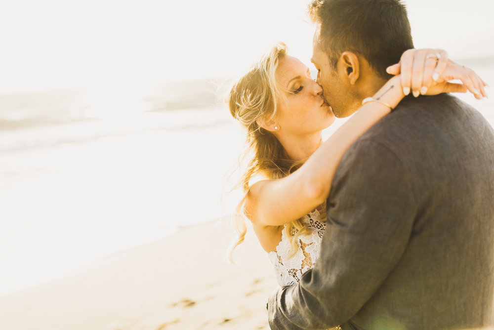 ©Isaiah + Taylor Photography - The Sunset Restaurant Wedding, Malibu Beach CA-0096.jpg