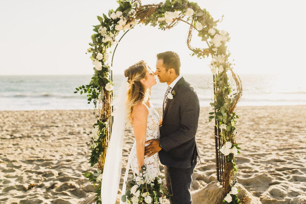 ©Isaiah + Taylor Photography - The Sunset Restaurant Wedding, Malibu Beach CA-0102.jpg