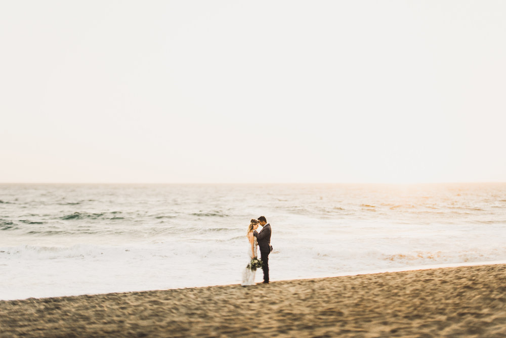©Isaiah + Taylor Photography - The Sunset Restaurant Wedding, Malibu Beach CA-0119.jpg
