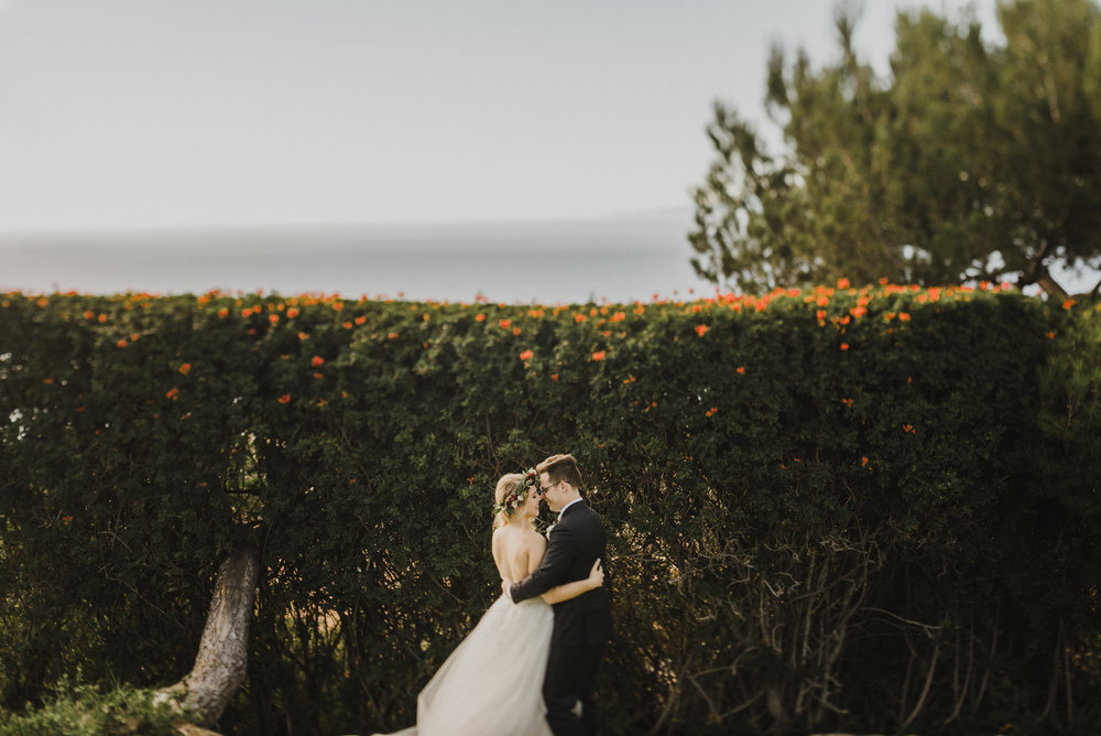 ©Isaiah + Taylor Photography - La Venta Inn Wedding, Palos Verdes Estates-15.jpg