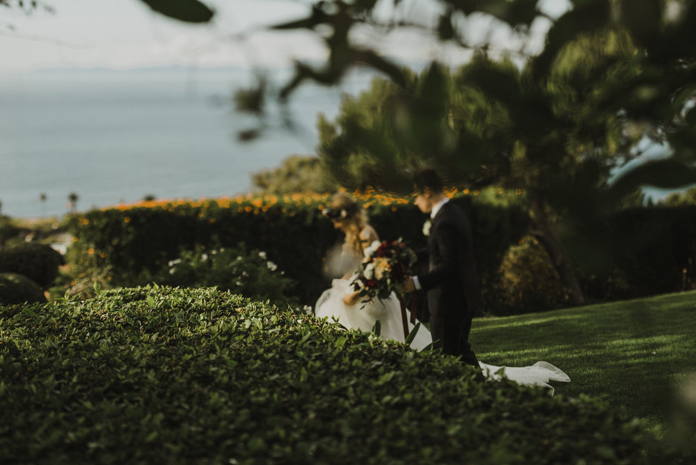 ©Isaiah + Taylor Photography - La Venta Inn Wedding, Palos Verdes Estates-17.jpg
