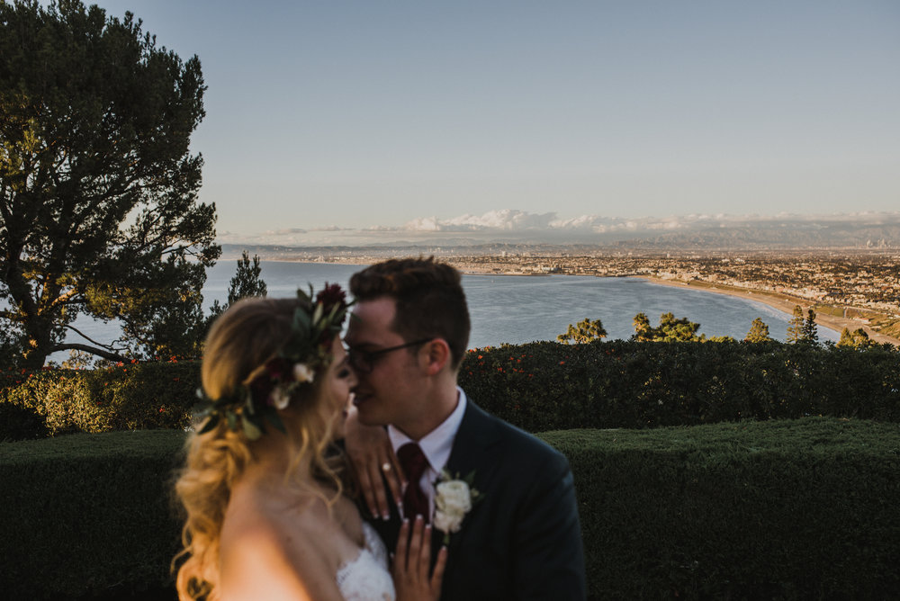 ©Isaiah + Taylor Photography - La Venta Inn Wedding, Palos Verdes Estates-55.jpg