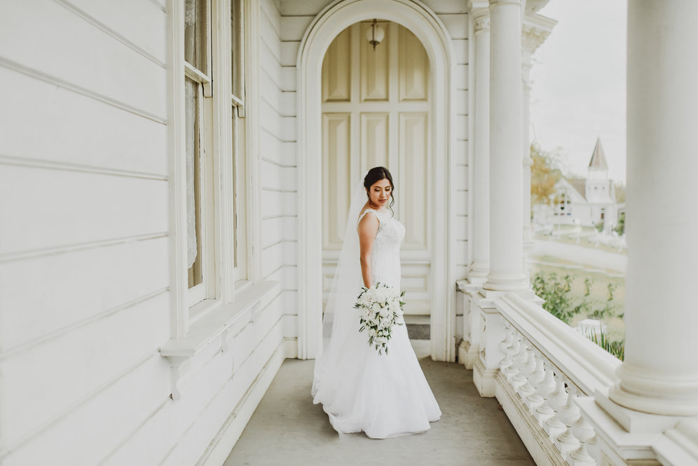 ©Isaiah-&-Taylor-Photography---Heritage-Square-Museum-Wedding,-Los-Angeles--10.jpg